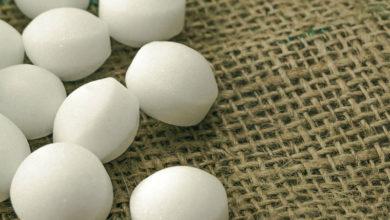Photo of روش های از بین بردن بوی نفتالین از روی دست، لباس، محیط و وسایل خانه