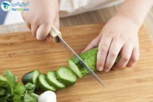 1 مزایای استفاده کودک از چاقو