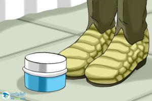 2 مراقبت از لباس و کفش از جنس پوست مار