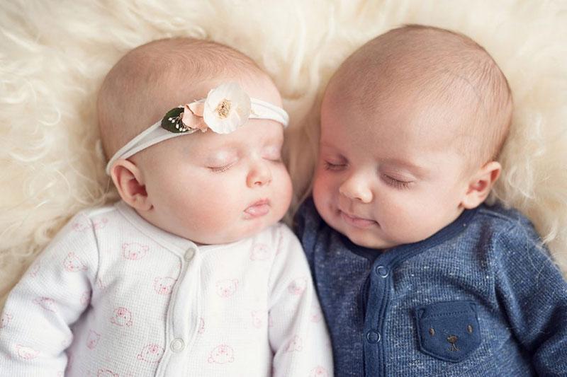 5 آموزش خوابیدن به کودکان دوقلو