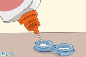 2 طرز استفاده از لنز برای خشکی چشم