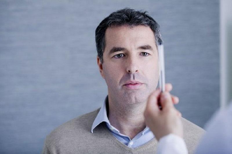 6 درمان اختلالات بینایی پس از سکته مغزی