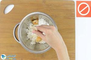 10 اصول خوردن برنج با چاپستیک