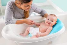 Photo of چگونه از تشت یا وان برای حمام کردن نوزاد استفاده کنیم؟