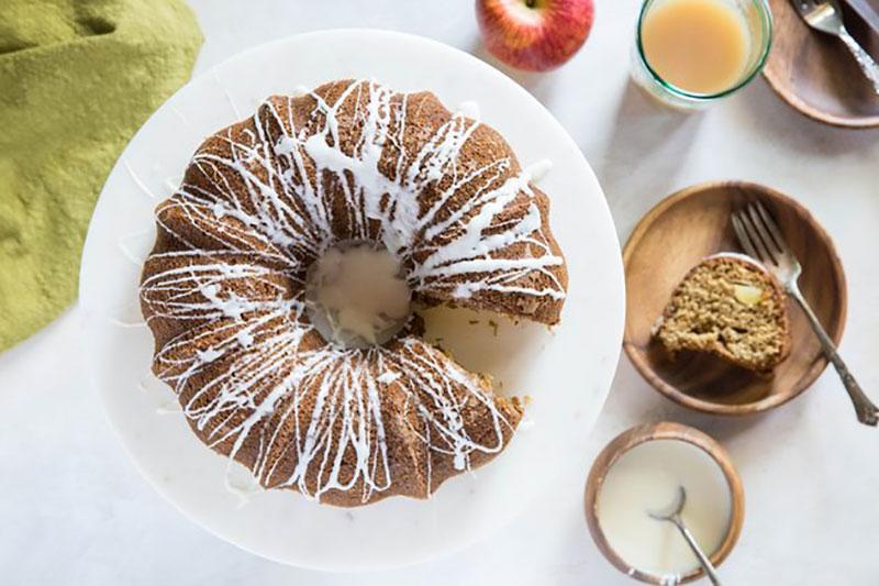 12 طرز تهیه کیک با سرکه سیب